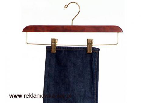 Wieszaki na ubrania do szafy Patine