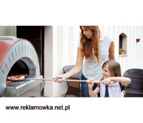 Biesiadowanie z piecem do pizzy (piecem chlebowym)