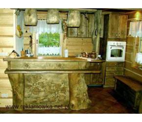 Kuchnia w starym stylu - drewniane meble na wymiar
