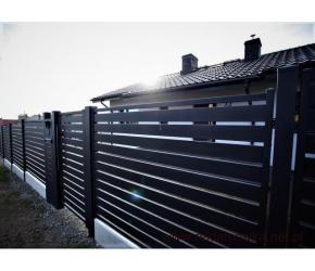 Montaż paneli ogrodzeniowych