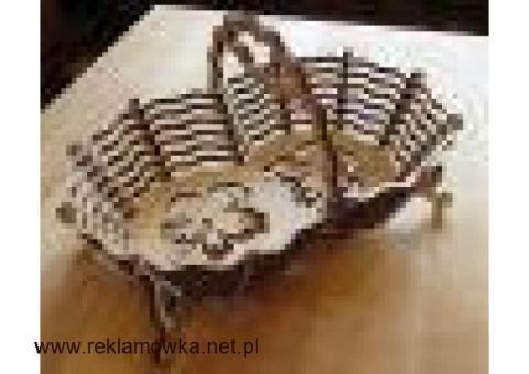Wyrzynane Plecione koszyki z drewna