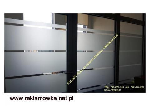 Narzędzia do montażu folii- Folie Okienne Warszawa Folkos OKlejanie szyb